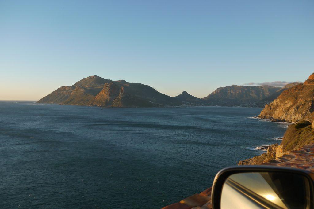 Näkymät Kapkaupunkiin päin Chapman's Peak Driven varrelta