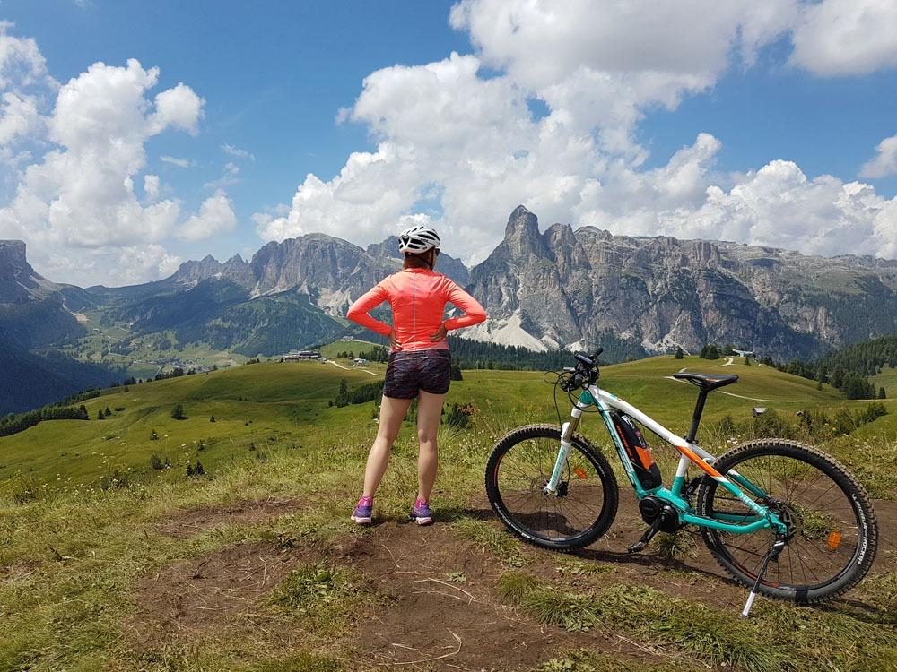 pyöräretkellä Dolomiiteilla