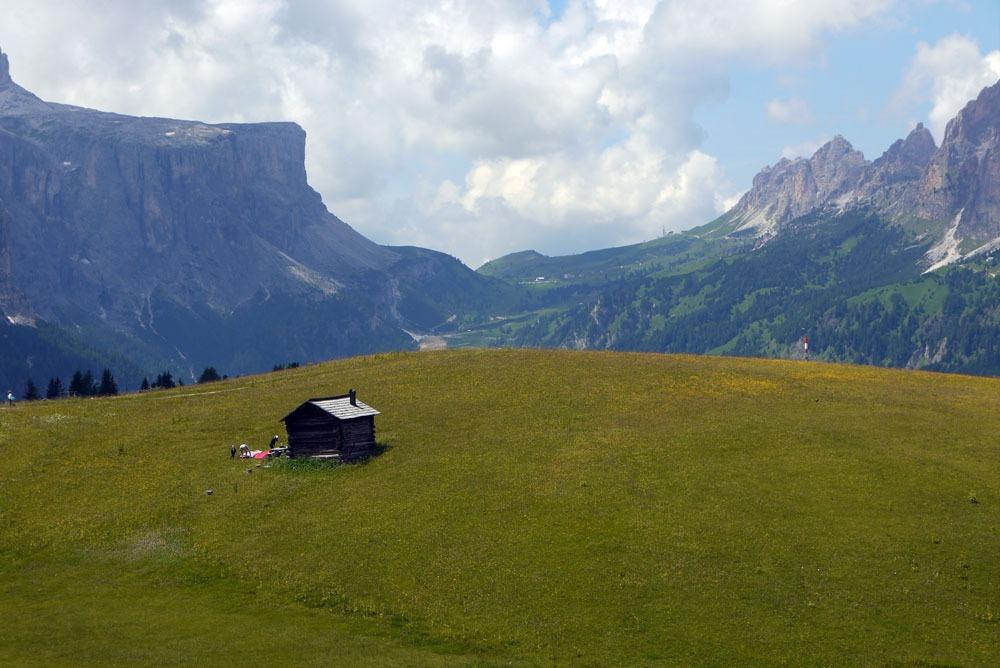 pyöräretken maisemia Dolomiiteilla