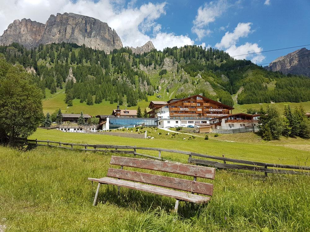 Colfoscon kylä Alta Badiassa Dolomiiteilla