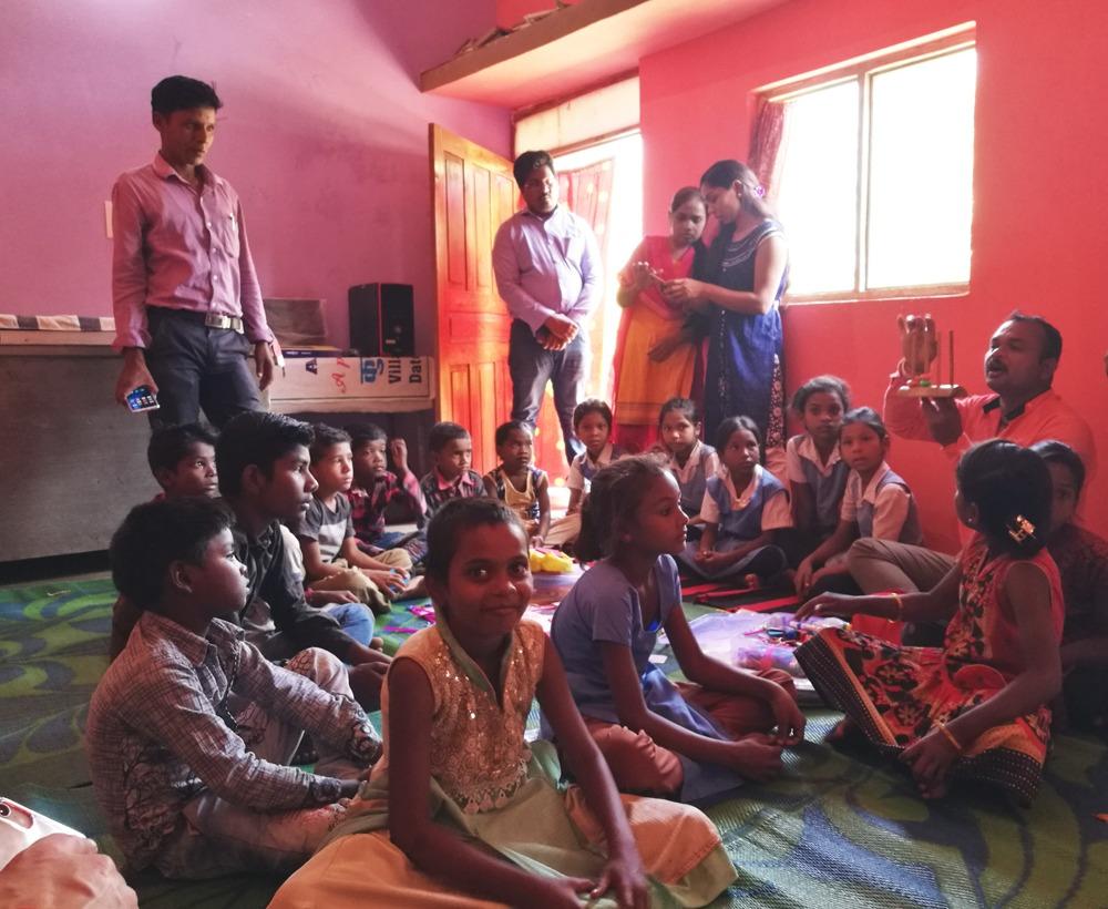 Lapset saavat erityistä tukea opiskeluunsa World Visionin työssä