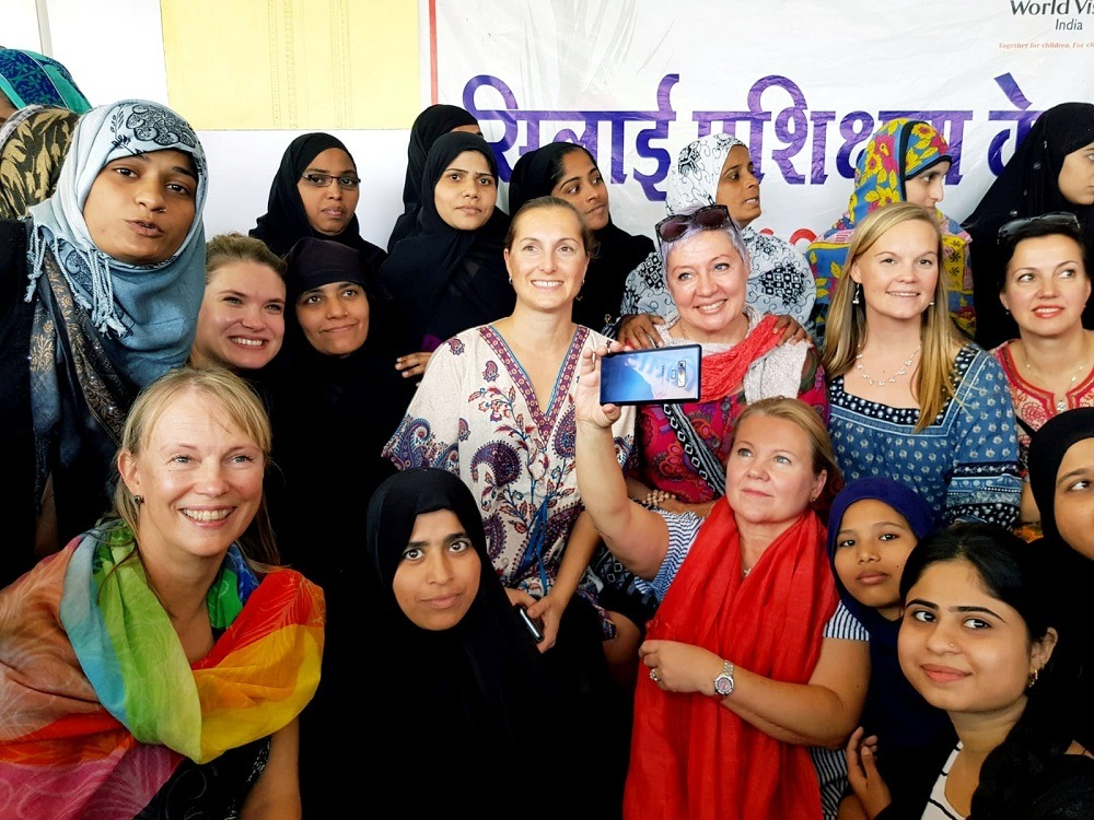 Naisia Intian Indoressa