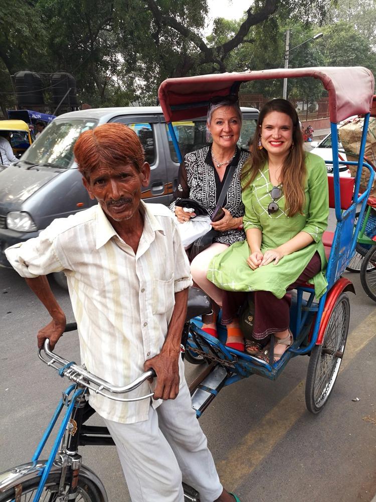 riksa-ajelulla vanhassa Delhissä