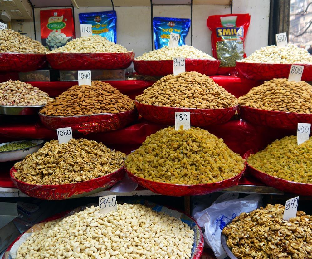 maustekaupassa Intiassa