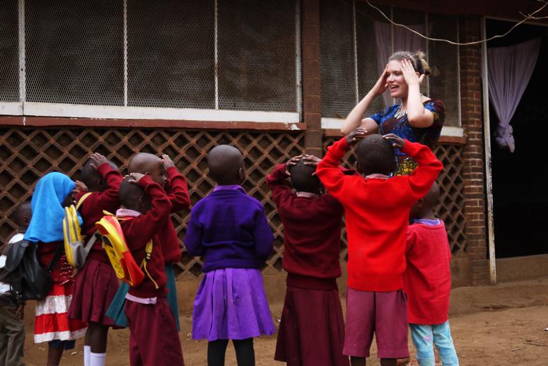 vapaaehtoistyössä Tansaniassa