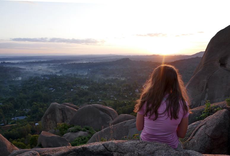 Auringonnousua katsomassa Keniassa