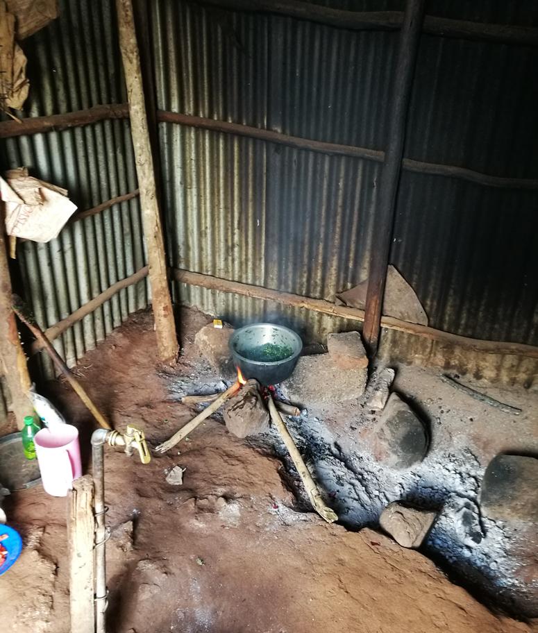 kenialaisen koulun keittiö