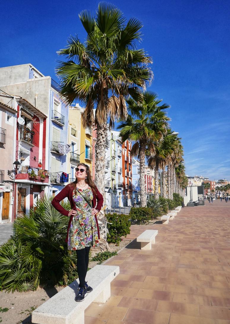 Villajoyosan värikäs kaupunki Costa Blancalla Espanjassa