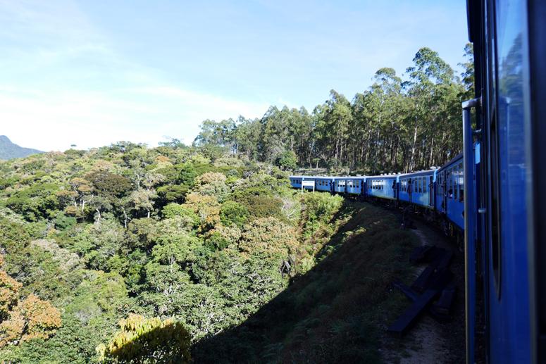Ellasta Kandyyn lähtenyt juna