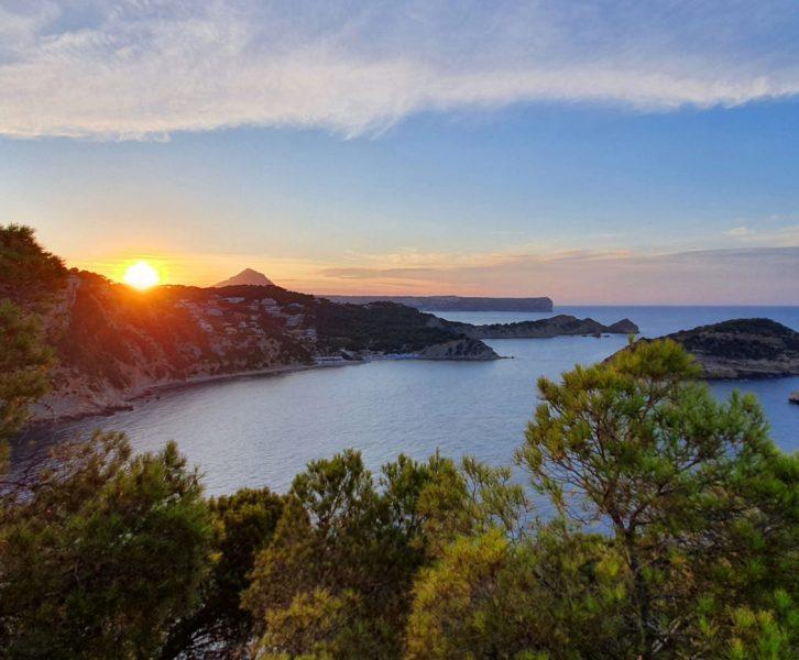Auringonlasku Cap de la Naulla Costa Blancalla